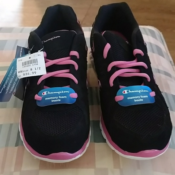 womens sneakers with memory foam